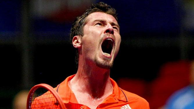 Marat-Safin-lost-a-tight-encounter-to-Mark-Philippoussis-img32825_668