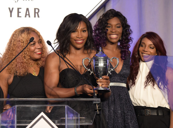Serena+Williams+Sports+Illustrated+Sportsperson+4g6w7aLPyUel