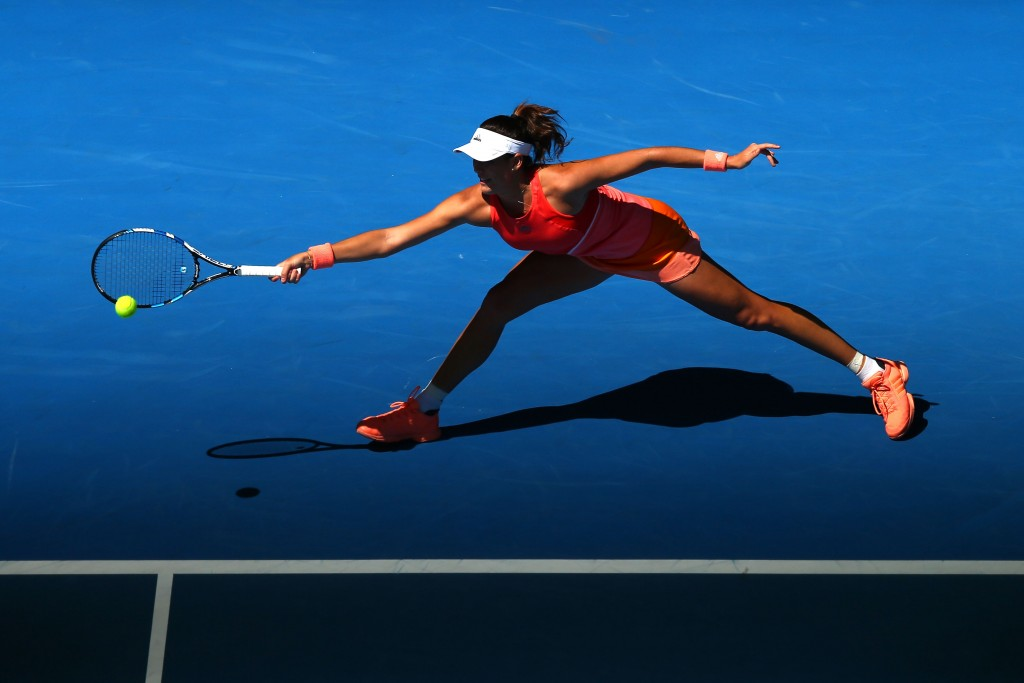 MELBOURNE, AUSTRALIA - JANUARY 19:  Gabine Muguruza of Spain plays a forehand in her first round match against Anett Kontaveit of Estonia during day two of the 2016 Australian Open at Melbourne Park on January 19, 2016 in Melbourne, Australia.  (Photo by Ryan Pierse/Getty Images)