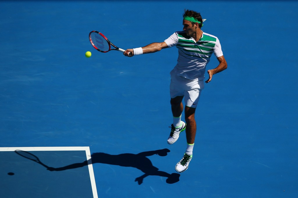 MELBOURNE, AUSTRALIA - JANUARY 20:  Roger Federer of Switzerland serves in his second round match against Alexandr Dolgopolov of Ukraine during day three of the 2016 Australian Open at Melbourne Park on January 20, 2016 in Melbourne, Australia.  (Photo by Mark Kolbe/Getty Images)