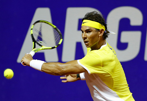 BUENOS AIRES, ARGENTINA - FEBRUARY 11:  Rafael Nadal of Spain takes a backhand shot during a match between Rafael Nadal of Spain and Juan Monaco of Argentina as part of ATP Argentina Open at Buenos Aires Lawn Tennis Club on February 11, 2016 in Buenos Aires, Argentina. (Photo by Gabriel Rossi/LatinContent/Getty Images)