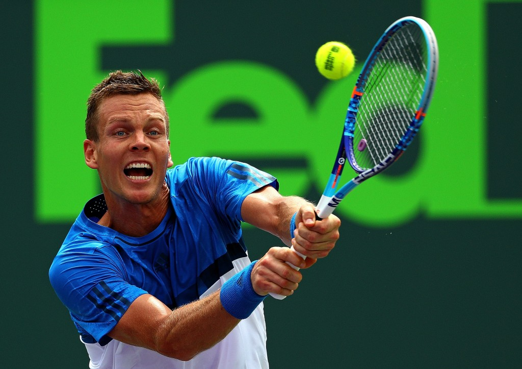 KEY BISCAYNE, FL - MARCH 27:  Tomas Berdych of the Czech Republic plays a match against Steve Johnson during Day 7 of the Miami Open presented by Itau at Crandon Park Tennis Center on March 27, 2016 in Key Biscayne, Florida.  (Photo by Mike Ehrmann/Getty Images)