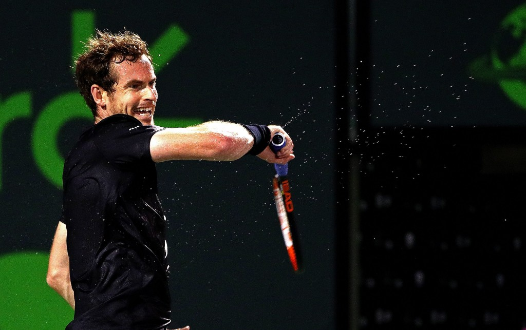 KEY BISCAYNE, FL - MARCH 26:  Andy Murray of Great Brittain plays a match against Denis Istomin of Uzbekistan during Day 6 of the Miami Open presented by Itau at Crandon Park Tennis Center on March 26, 2016 in Key Biscayne, Florida.  (Photo by Mike Ehrmann/Getty Images)