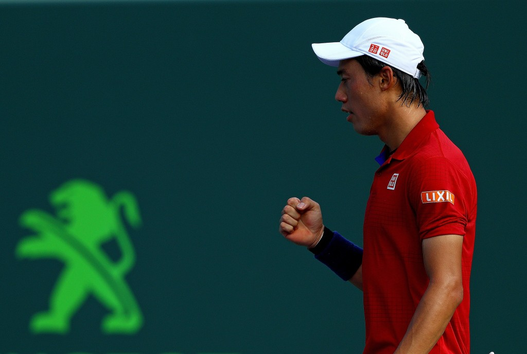 KEY BISCAYNE, FL - MARCH 31:  Kei Nishikori of Japan plays a quarterfinal match against Gael Monfils of France during Day 11 of the Miami Open presented by Itau at Crandon Park Tennis Center on March 31, 2016 in Key Biscayne, Florida.  (Photo by Mike Ehrmann/Getty Images)