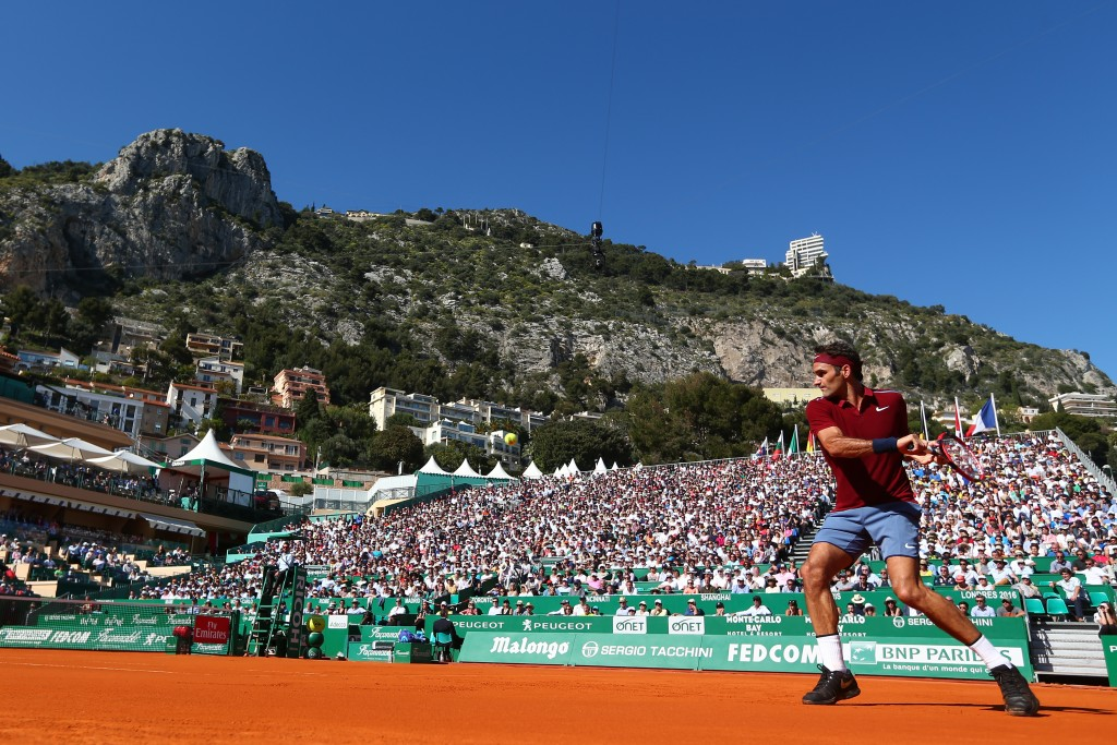 MONTE-CARLO, MONACO - APRIL 12:  Roger Federer of Switzerland hits a backhand during the second round match against Guillermo Garcia-Lopez of Spain on day three of the Monte Carlo Rolex Masters at Monte-Carlo Sporting Club on April 12, 2016 in Monte-Carlo, Monaco.  (Photo by Michael Steele/Getty Images)