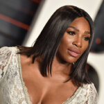 BEVERLY HILLS, CA - FEBRUARY 28:  Tennis player Serena Williams arrives at the 2016 Vanity Fair Oscar Party Hosted By Graydon Carter at Wallis Annenberg Center for the Performing Arts on February 28, 2016 in Beverly Hills, California.  (Photo by Axelle/Bauer-Griffin/FilmMagic)