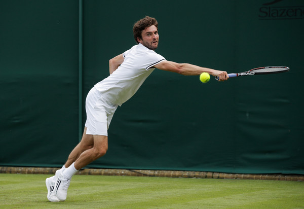 Gilles+Simon+Day+One+Championships+Wimbledon+cuWluTeVF5el
