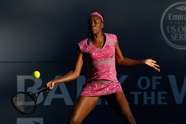 STANFORD, CA - JULY 20: Venus Williams of the United States competes against Magda Linette of Poland during day three of the Bank of the West Classic at the Stanford University Taube Family Tennis Stadium on July 20, 2016 in Stanford, California. (Photo by Lachlan Cunningham/Getty Images)