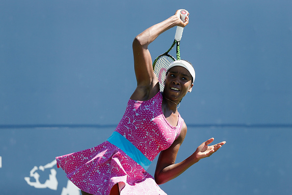 STANFORD, CA - JULY 24: Venus Williams of the United States competes against Johanna Konta of Great Britain in the final during day seven of the Bank of the West Classic at the Stanford University Taube Family Tennis Stadium on July 24, 2016 in Stanford, California. (Photo by Lachlan Cunningham/Getty Images)