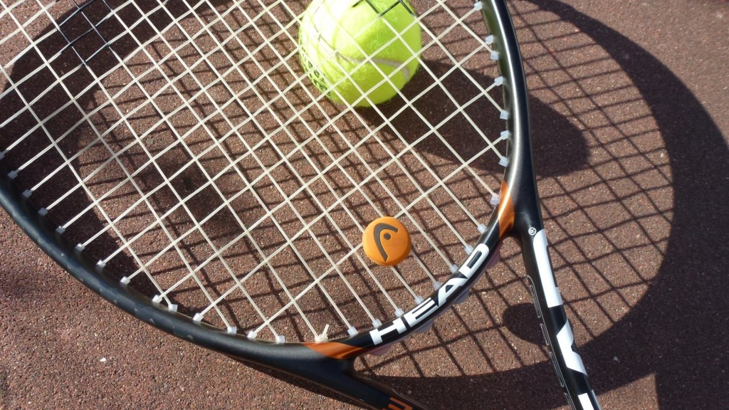 Head tennis racket and tennis ball 2_HD
