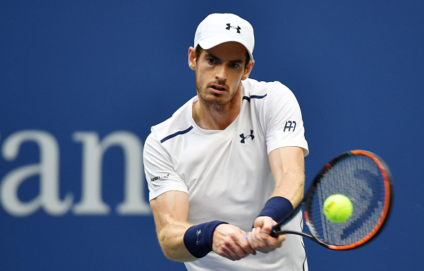 NEW YORK, NY - SEPTEMBER 03:  Andy Murray of Great Britain returns a shot to Paolo Lorenzi of Italy during his third round Men's Singles match on Day Six of the 2016 US Open at the USTA Billie Jean King National Tennis Center on September 3, 2016 in the Flushing neighborhood of the Queens borough of New York City.  (Photo by Mike Hewitt/Getty Images)