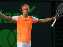 KEY BISCAYNE, FL - MARCH 27:  Alexander Zverev of Germany celebrates match point against John Isner during Day 8 of the Miami Open at Crandon Park Tennis Center on March 27, 2017 in Key Biscayne, Florida.  (Photo by Al Bello/Getty Images)