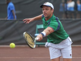 HOUSTON, TX - APRIL 12: Horacio Zeballos of Argentina hits a forehand during the U.S. Men's Clay Court Championship on April 12, 2017 at River Oaks Country Club in Houston, TX. (Photo by George Walker/Icon Sportswire via Getty Images)