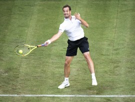 HALLE, GERMANY - JUNE 19:  Richard Gasquet plays a forehand during his match against Gael Monfils of France during Day 3 of the Gerry Weber Open 2017 at  on June 19, 2017 in Halle, Germany.  (Photo by Lars Baron/Bongarts/Getty Images)