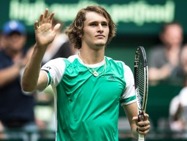 HALLE, GERMANY - JUNE 20:  Alexander Zverev of Germany celebrats after winning his match against Paolo Lorenzi of Italy during Day 4 of the Gerry Weber Open 2017 at  on June 20, 2017 in Halle, Germany.  (Photo by Lars Baron/Bongarts/Getty Images)