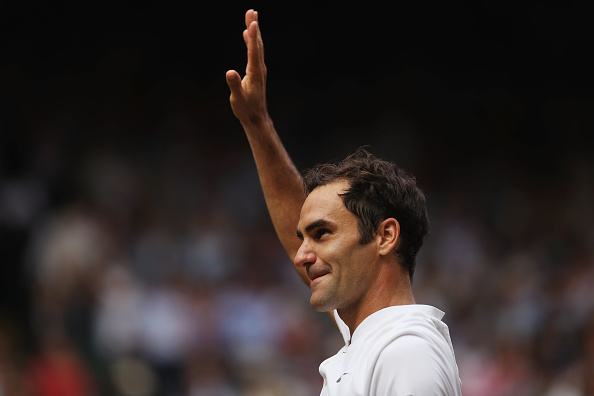 LONDON, ENGLAND - JULY 16:  Roger Federer of Switzerland celebrates victory after the Gentlemen's Singles final against  Marin Cilic of Croatia on day thirteen of the Wimbledon Lawn Tennis Championships at the All England Lawn Tennis and Croquet Club at Wimbledon on July 16, 2017 in London, England. (Photo by Daniel Leal-Olivas - Pool/Getty Images)