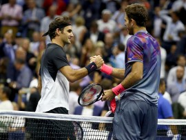 NEW YORK, NY - SEPTEMBER 06:  Juan Martin del Potro (R) of Argentina shakes hands with Roger Federer (L) of Switzerland after their Men's Singles Quarterfinal match on Day Ten of the 2017 US Open at the USTA Billie Jean King National Tennis Center on September 6, 2017 in the Flushing neighborhood of the Queens borough of New York City.  (Photo by Al Bello/Getty Images)