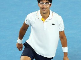 MELBOURNE, AUSTRALIA - JANUARY 22:  Hyeon Chung of South Korea celebrates winning his fourth round match against Novak Djokovic of Serbiaon day eight of the 2018 Australian Open at Melbourne Park on January 22, 2018 in Melbourne, Australia.  (Photo by Mark Kolbe/Getty Images)