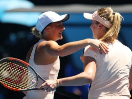 MELBOURNE, AUSTRALIA - JANUARY 19:  Marta Kostyuk (L) of Ukraine congratulates Elina Svitolina of Ukraine after Svitolina won their third round match on day five of the 2018 Australian Open at Melbourne Park on January 19, 2018 in Melbourne, Australia.  (Photo by Mark Kolbe/Getty Images)