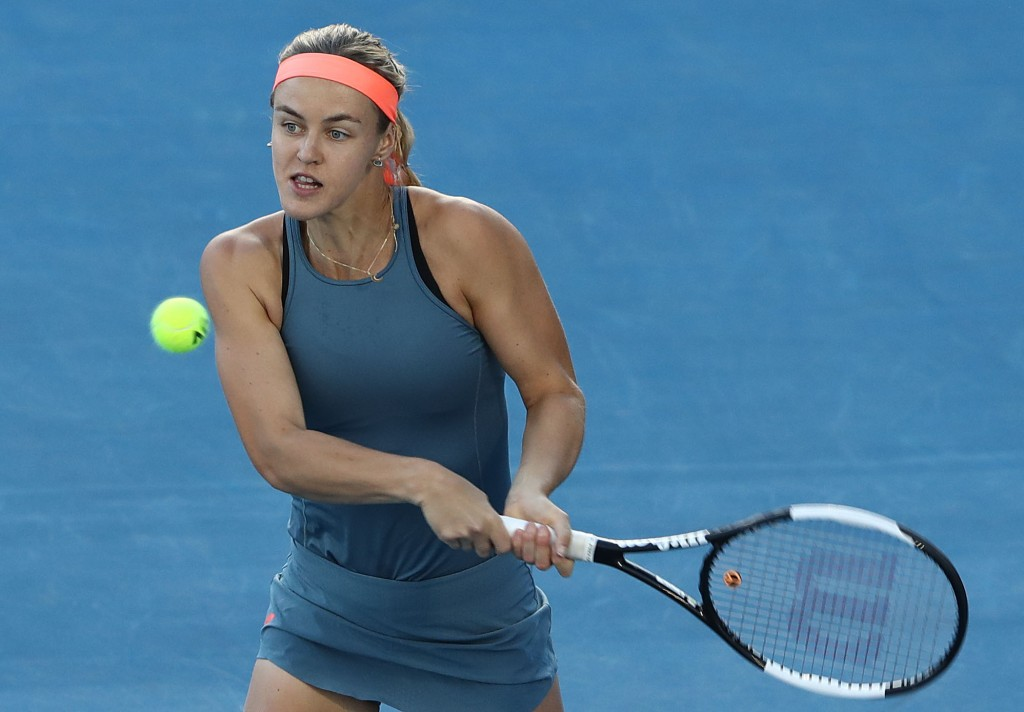 HOBART, AUSTRALIA - JANUARY 10: Anna Karolina Schmiedlova of Slovakia plays a shot during her quarter final match against Irina-Camelia Begu of Bulgaria during day six of the 2019 Hobart International at Domain Tennis Centre on January 10, 2019 in Hobart, Australia. (Photo by Robert Cianflone/Getty Images)