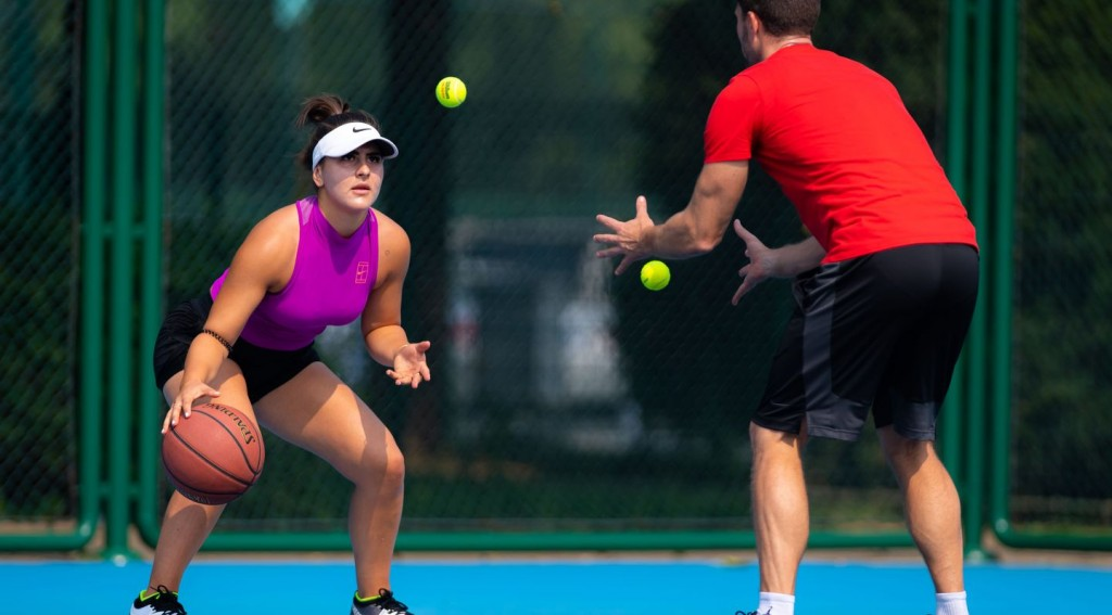 Bianca_Andreescu_-_2019_China_Open_-DSC_7065_original-1-