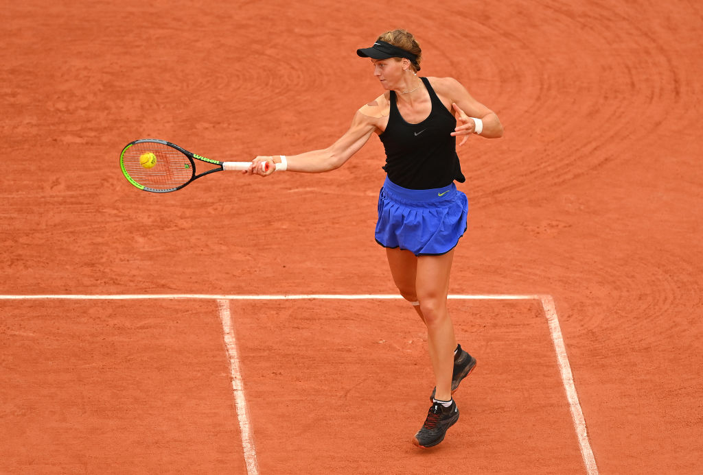 PARIS, FRANCE - SEPTEMBER 29: Liudmila Samsonova of Russia plays a forehand during her Women's Singles first round match against Sofia Kenin of The United States of America on day three of the 2020 French Open at Roland Garros on September 29, 2020 in Paris, France. (Photo by Shaun Botterill/Getty Images)