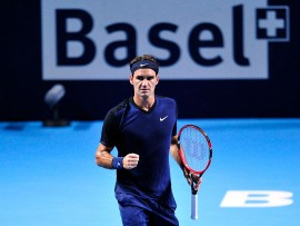 BASEL, SWITZERLAND - OCTOBER 30:  Roger Federer of Switzerland celebrates a point during the fifth day of the Swiss Indoors ATP 500 tennis tournament against David Goffin of Belgium at St Jakobshalle on October 30, 2015 in Basel, Switzerland.  (Photo by Harold Cunningham/Getty Images)
